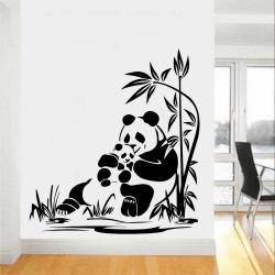 """Стикер""""Панди сред бамбукови клони"""""""