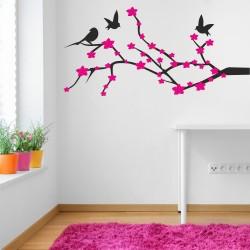 Двуцветно клонче с птички