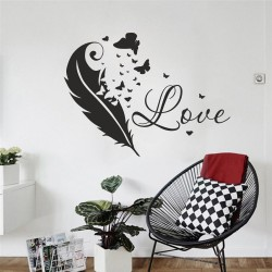 "Стикер перо + надпис ""Love"""